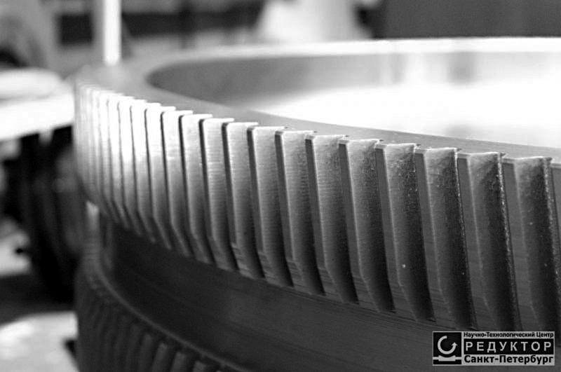 Шевронное зубчатое колесо