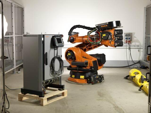 Автоматизация производственных процессов с применением роботов